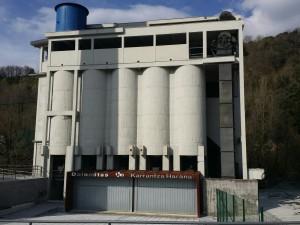 Fábrica de dolomitas en Karrantza