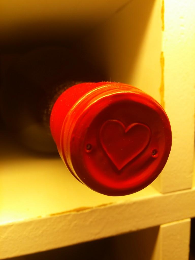 Detalle de la botella de vino
