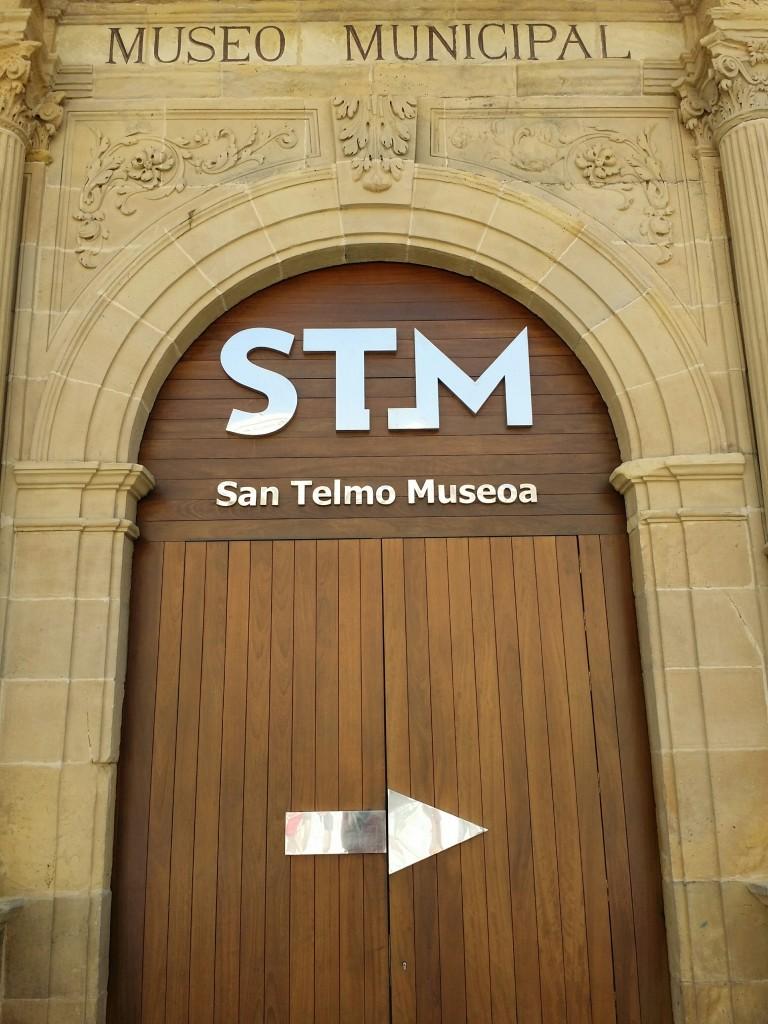 Entrada antigua Museo San Telmo
