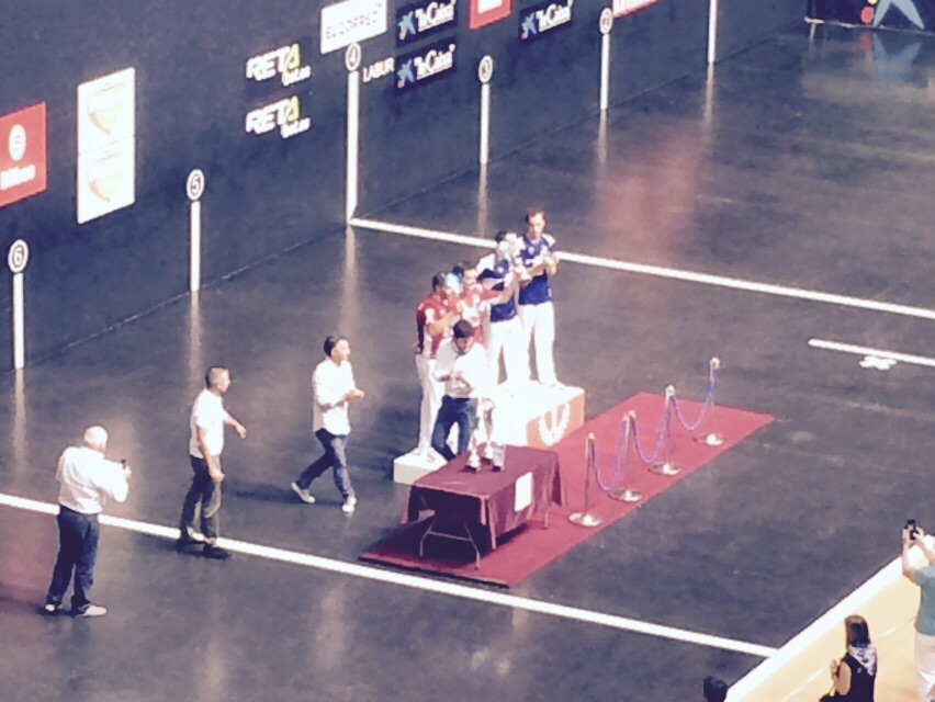 Entrega de premios en el Frontón Bizkaia
