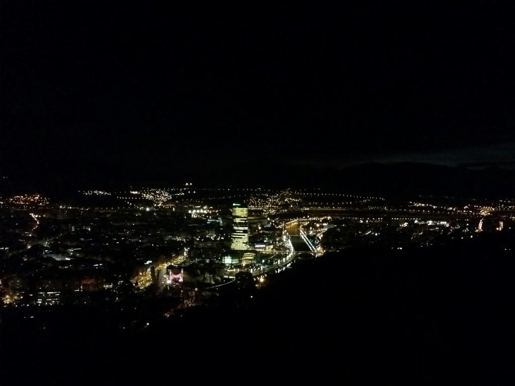 Bilbao de noche desde Artxanda