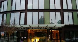 Entrada Hotel Jardines de Uleta