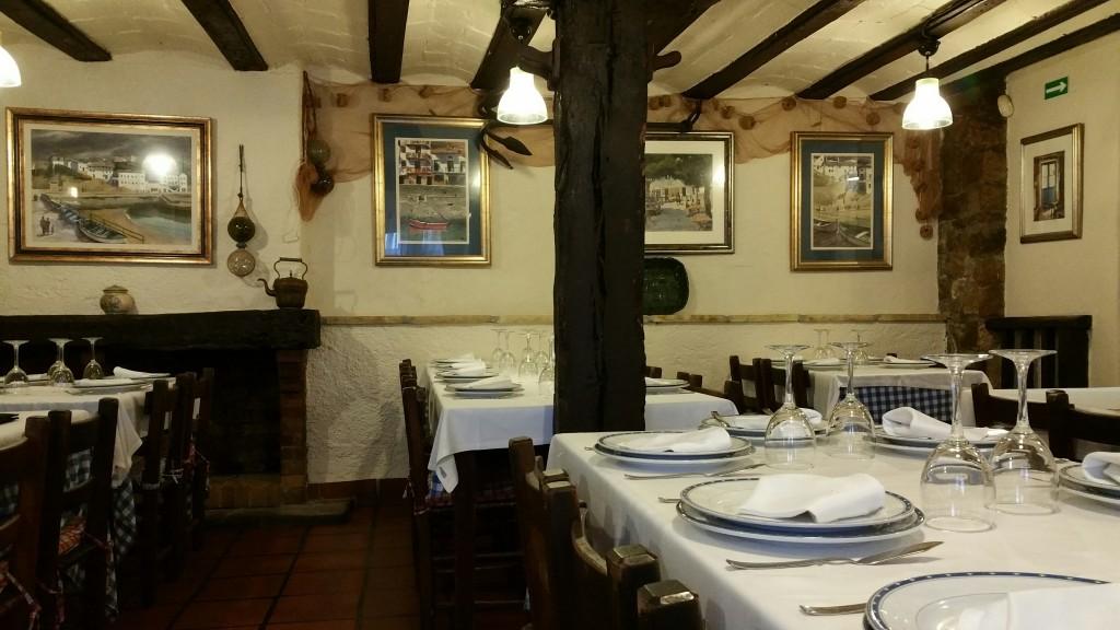 Comedor restaurante Puerto Zabala