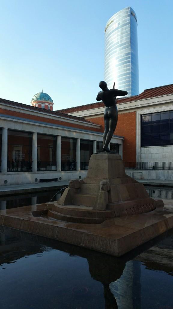 Vistas desde la entrada al Museo de Bellas Artes de Bilbao
