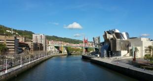 Museo Guggenheim y ría de Bilbao