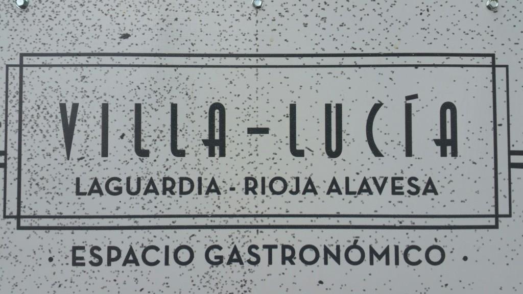 Cartel Villa Lucía