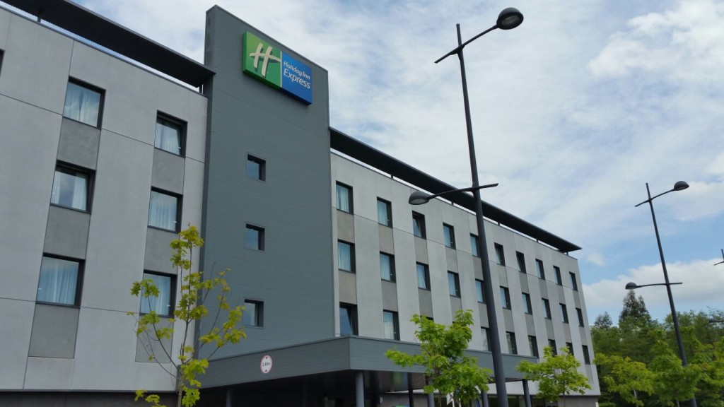 Holiday Inn Express, Restaurante Urbe