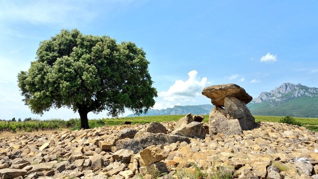 La hechicera, dolmen rioja alavesa