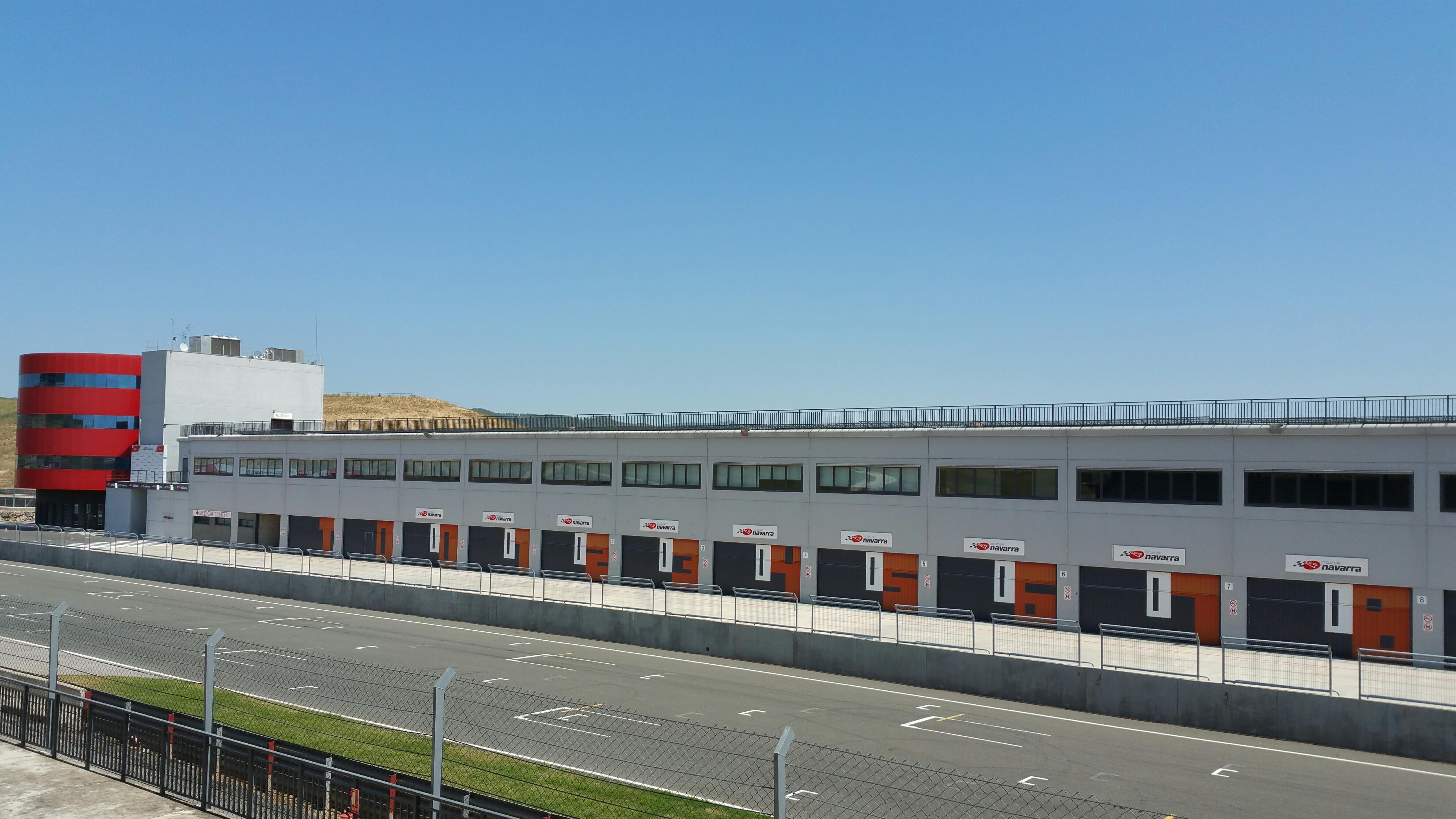 Circuito Navarra : Pista de karting del circuito de navarra uno de los mejores
