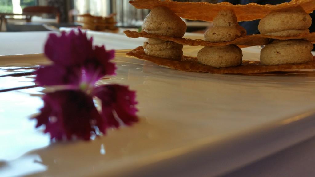 milhojas-caramelizado-del-restaurante-bema