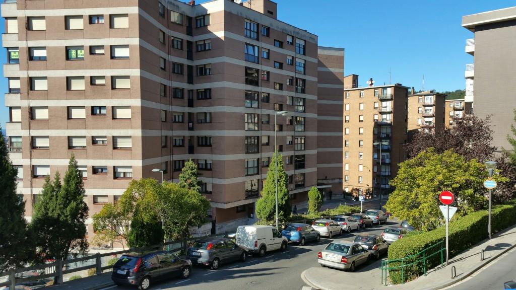 aparcamiento-all-iron-hostel
