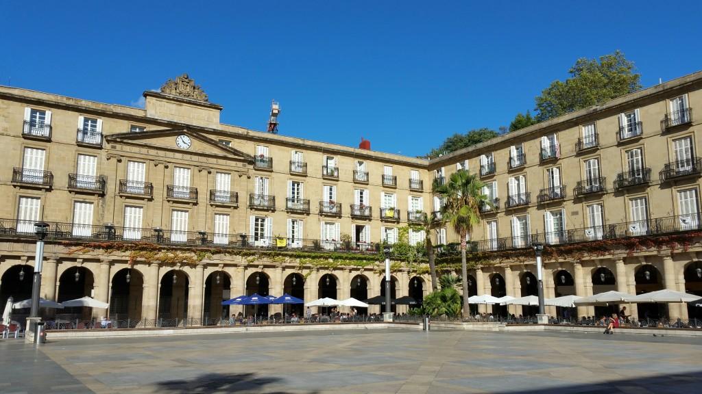 plaza-nueva-de-bilbao-casco-viejo