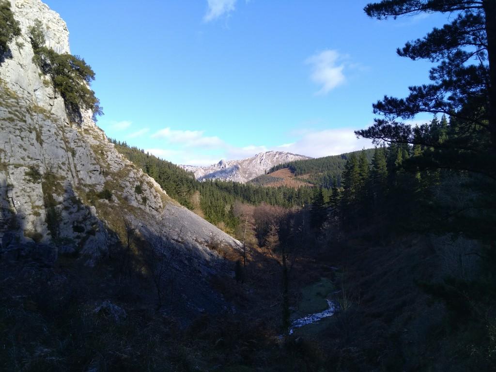 panoramica-desde-las-cuevas-de-baltzola