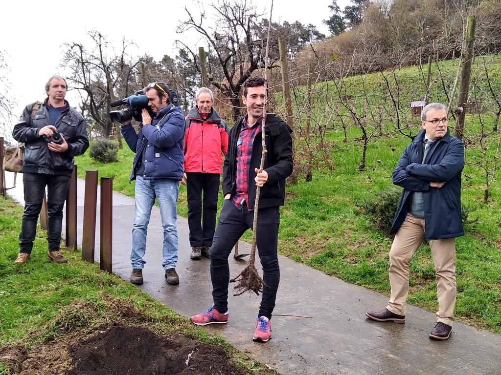 Plantacion del manzano, Eneko Atxa