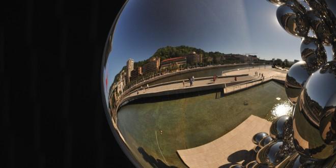 Bola Museo Guggenheim Bilbao
