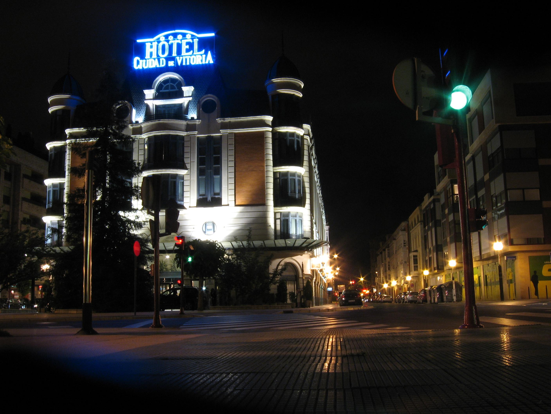 Hoteles con encanto en vitoria for Hoteles de lujo en vitoria