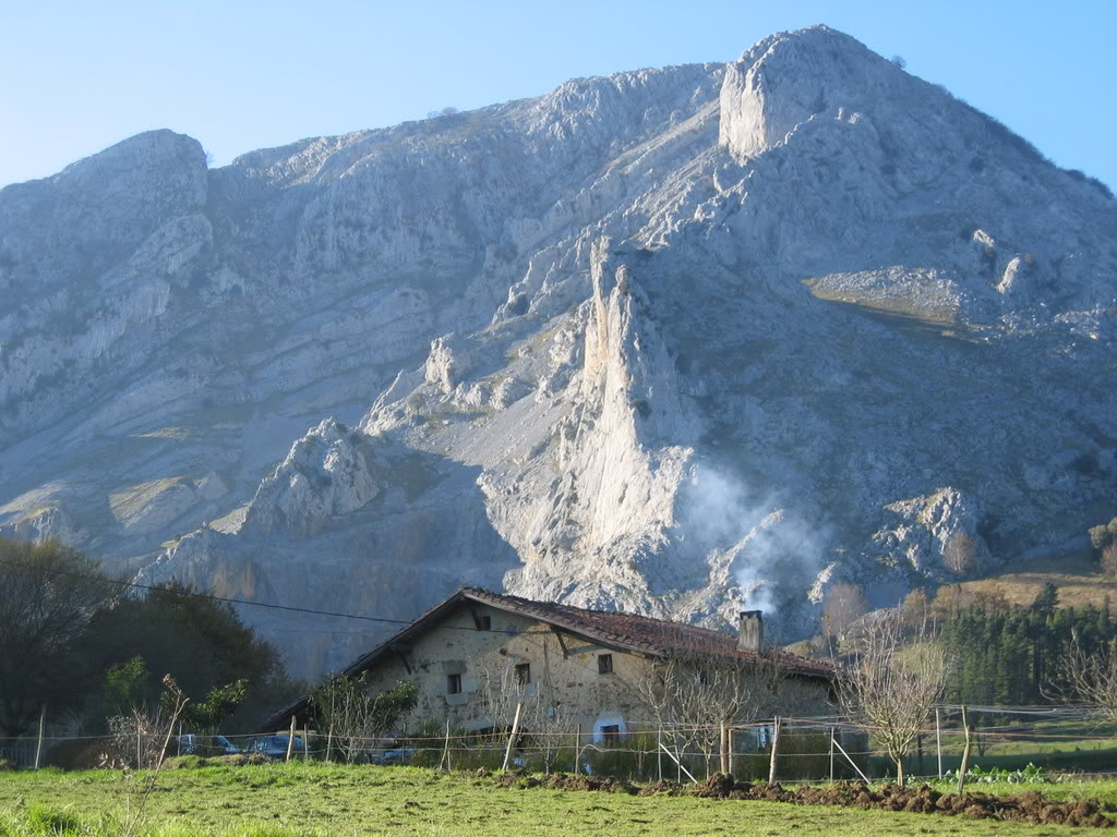 Caserio en el monte - Caserios pais vasco ...