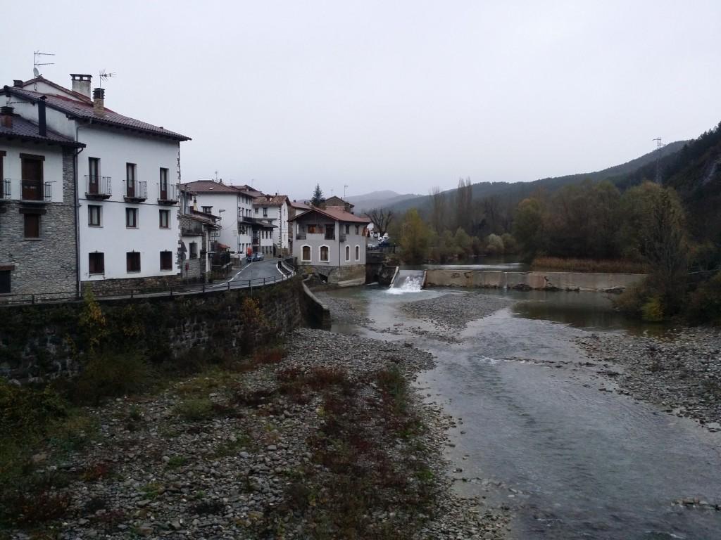 Burgi, Pirineo Navarro