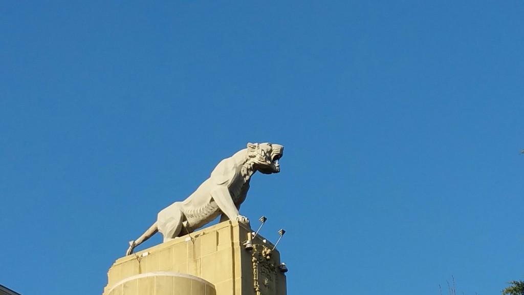 Tigre de Deusto, edificios de bilbao