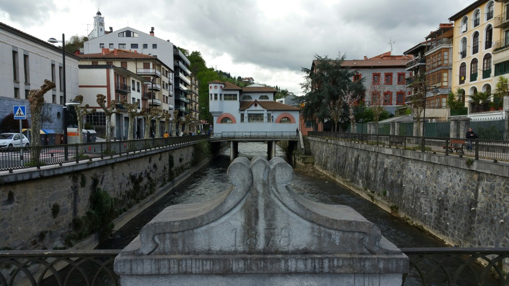 Rio Urola a su paso por Azkoitia