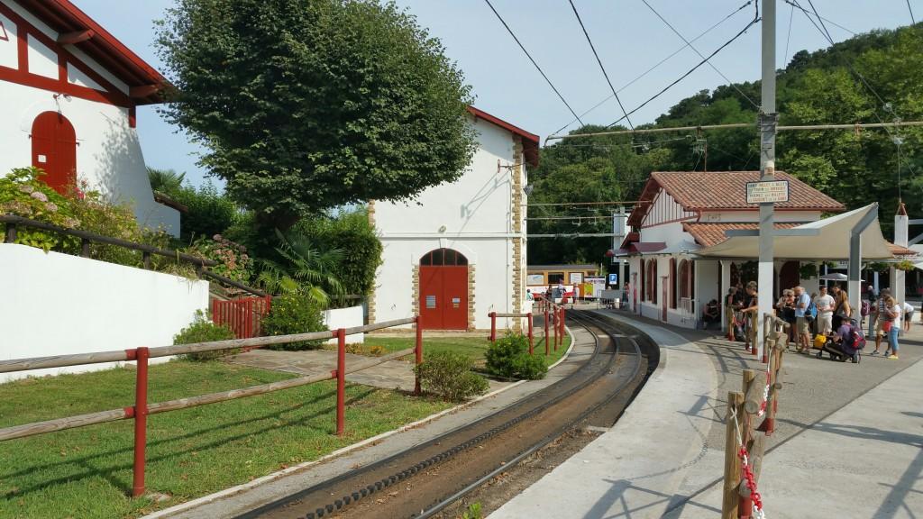 estacion-de-salida-del-tren-de-larrun