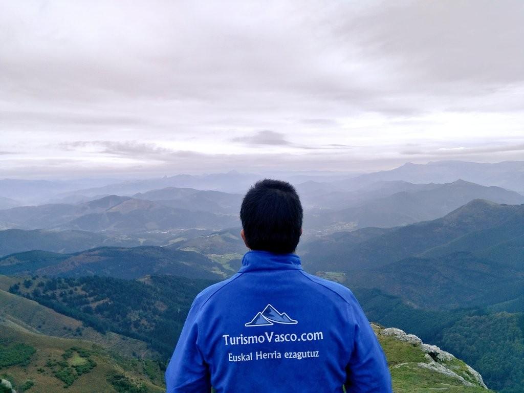 turismovasco-en-la-cima-del-ganekogorta