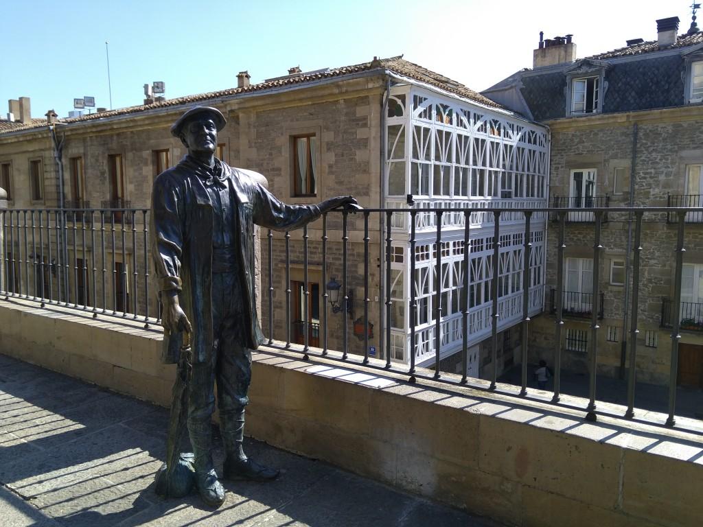 Escultura celedon Vitoria-Gasteiz
