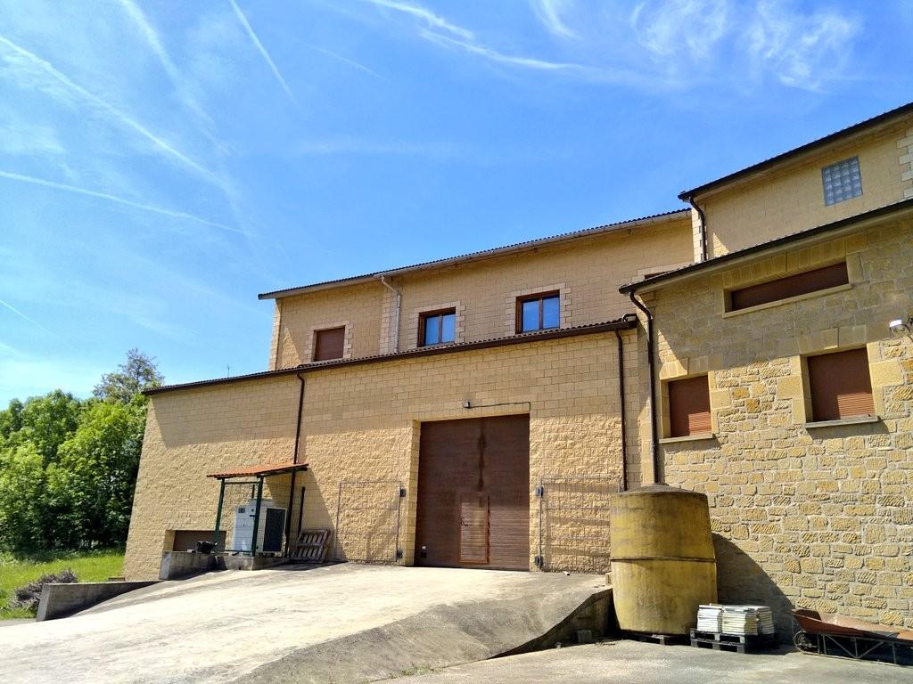 Exterior Bodega Alútiz, Samaniego, Rioja Alavesa