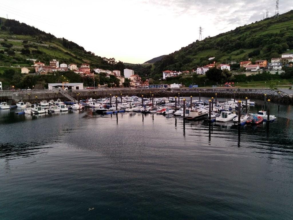 Puerto de Zierbena