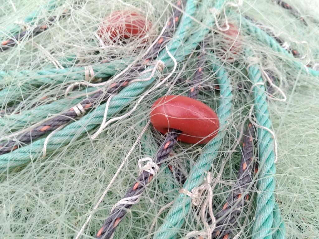 Redes de pescar en Zierbena