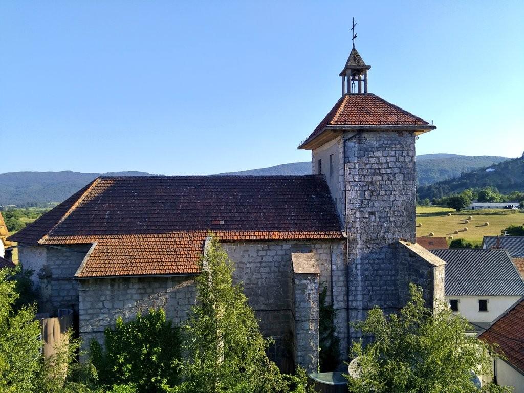Iglesia de san pedro de Abaurrea Alta, museo de estelas