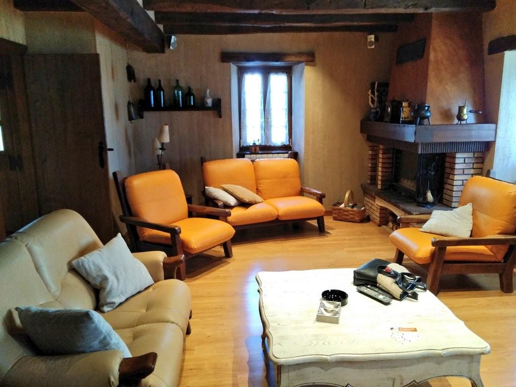 Salón de txikirrin 3, casa rural en Hiriberri, Aezkoa, pirineo navarro, selva de irati