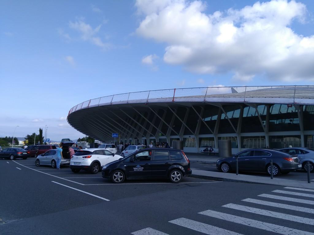 Zona de salidas del aeropuerto de Bilbao
