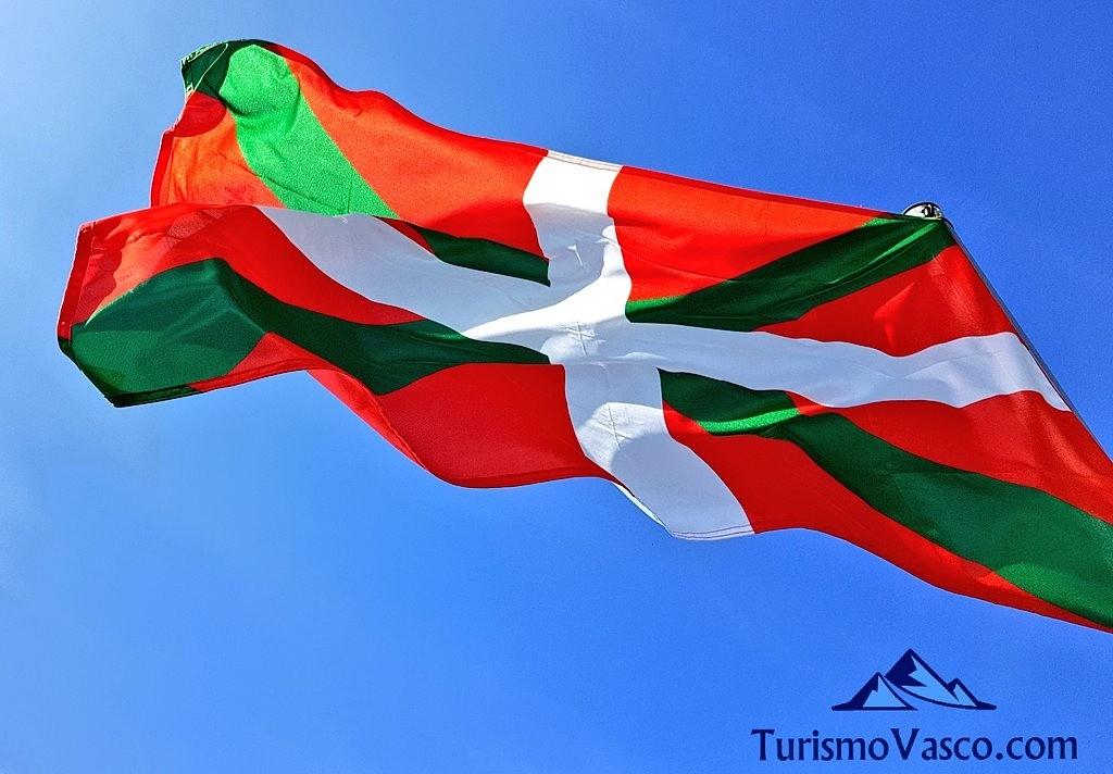 Ikurriña, bandera Euskal Herria