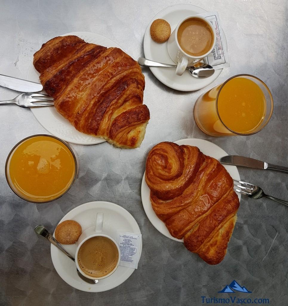 Desayuno en Casa Vidaurre en Olite Erriberri