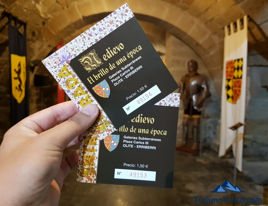 Entradas de las galerias medievales de Olite Erriberri