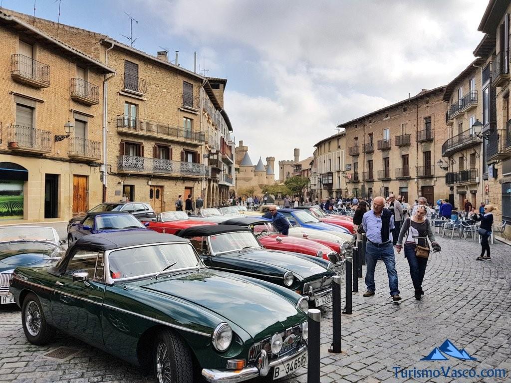 Exposicion de coches clasicos en Olite Erriberri