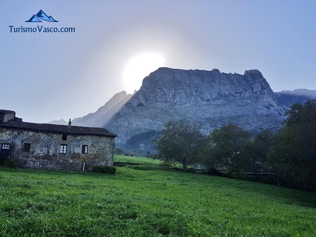 Parque Natural de Gorbeia, Via verde de Arrazola (Axpe Atxondo)