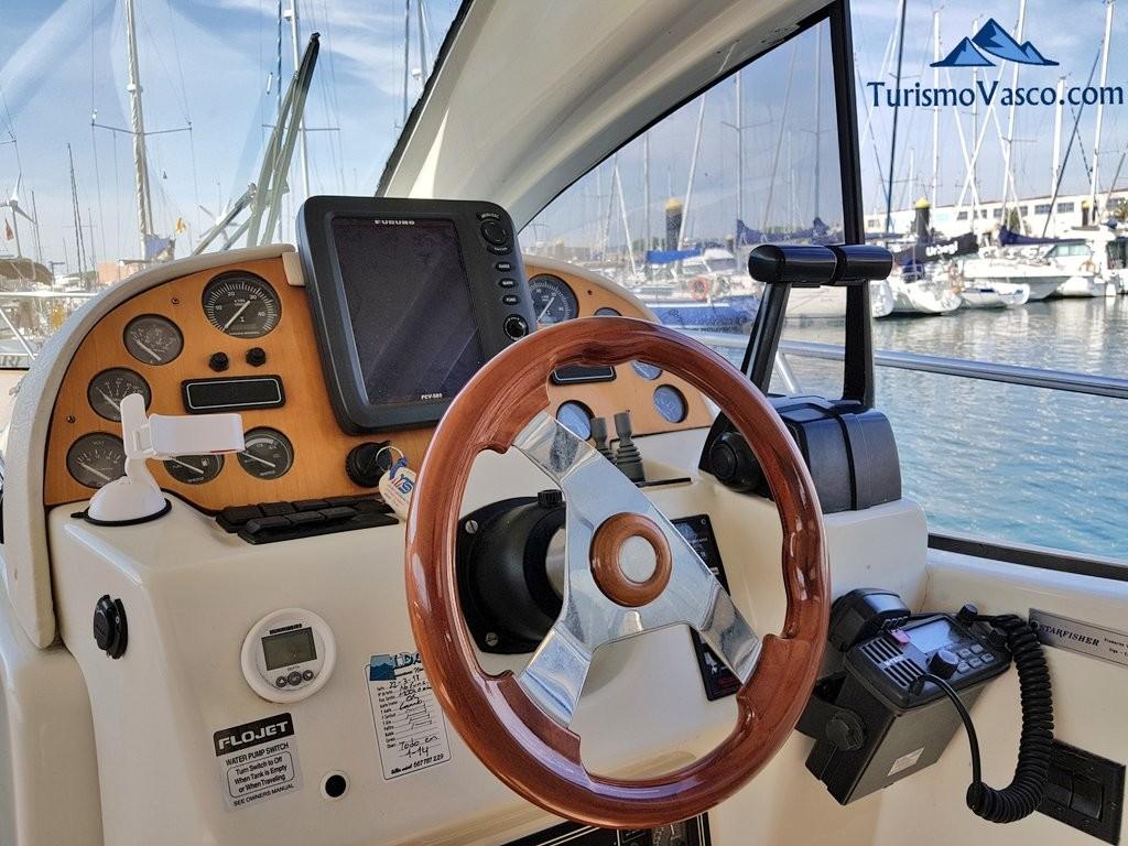 Timon barco para pescar en Euskadi