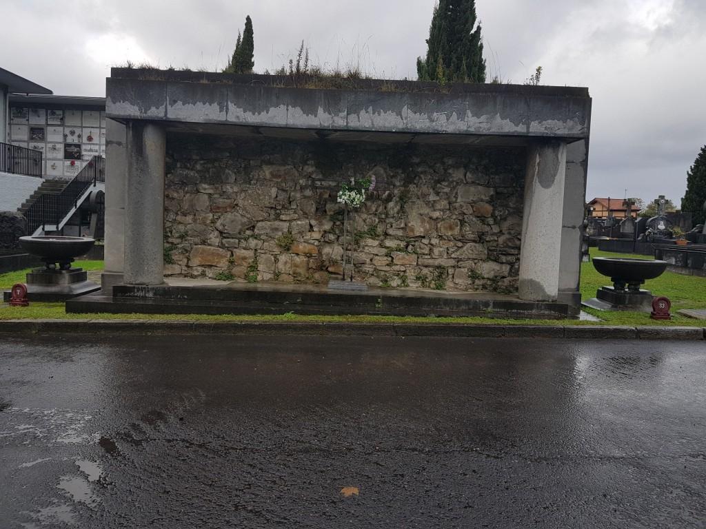 Muro de fusilamiento del cementerio de Bilbao