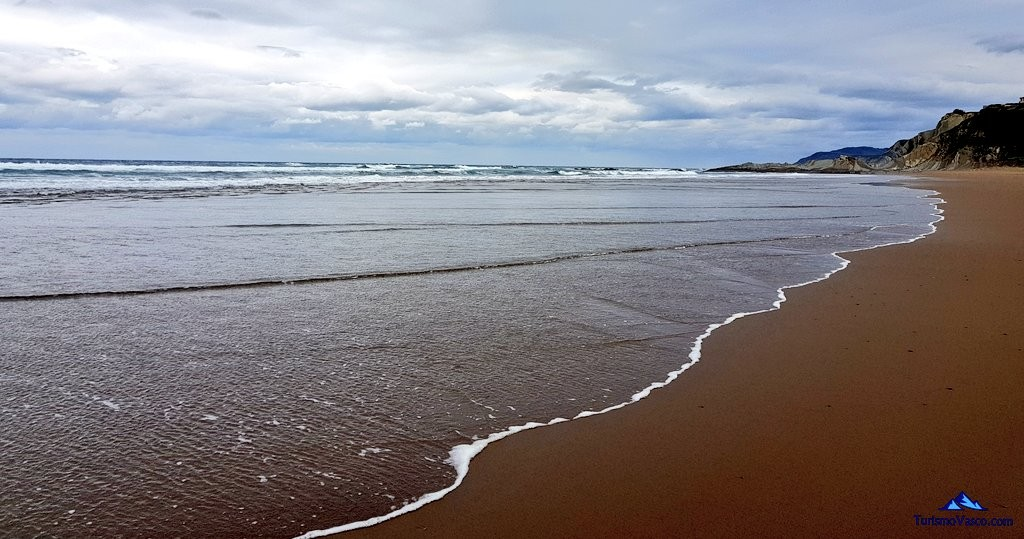 Playa de Sopela, Larrabas