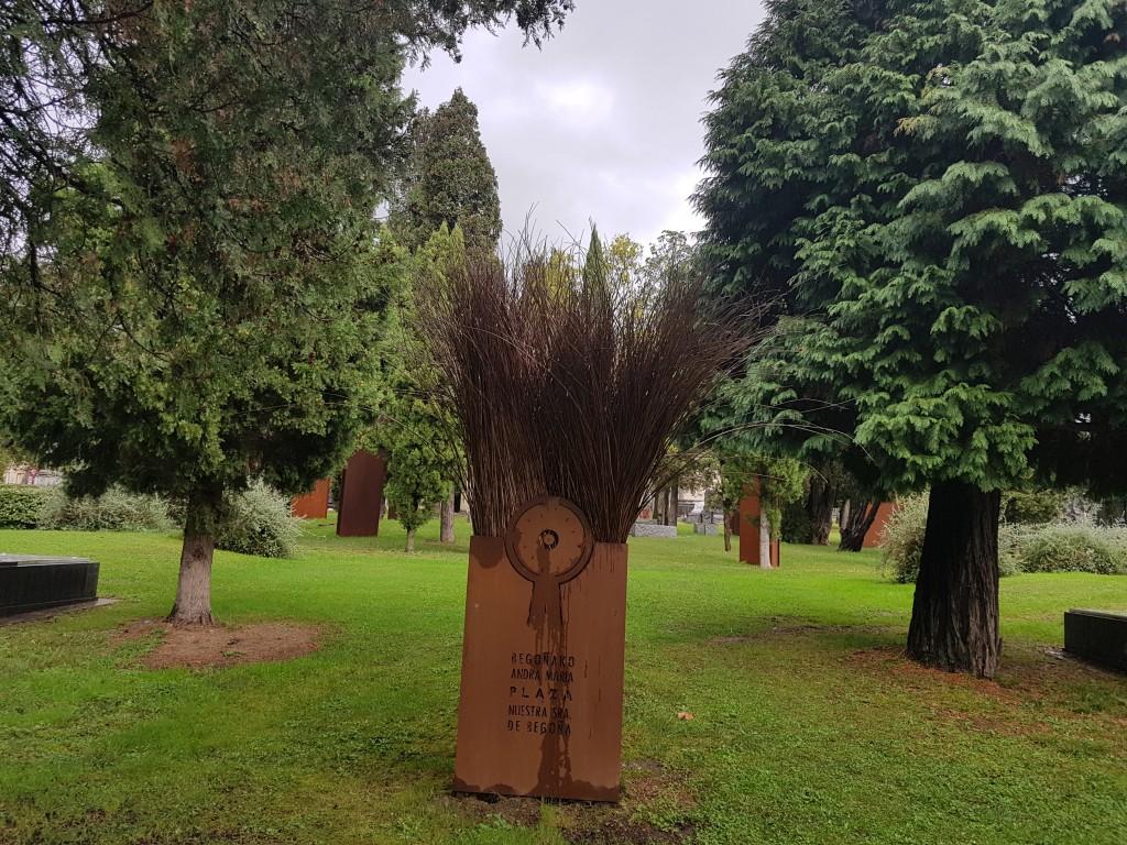 Plaza nuestra señora de Begoña del cementerio de Bilbao