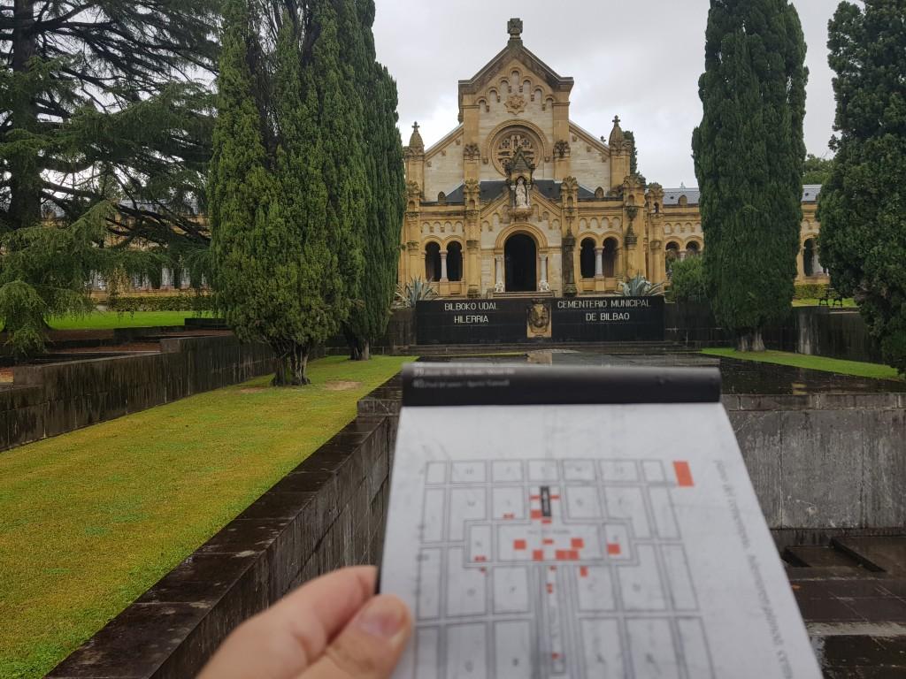 Visita autoguiada al cementerio de Bilbao