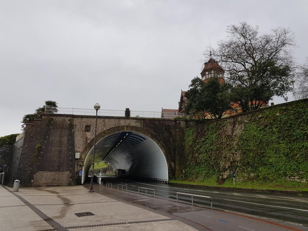 Pico del loro y Palacio Miramar