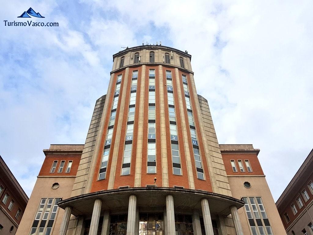 Torre seminario de Derio, Hotel Seminario Bilbao