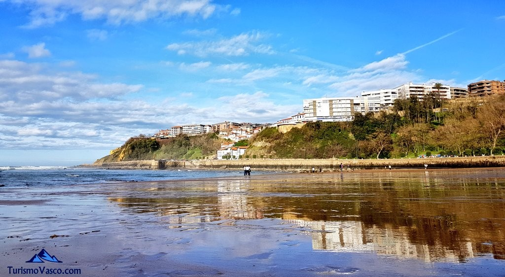 Reflejos en ereaga, playa de getxo