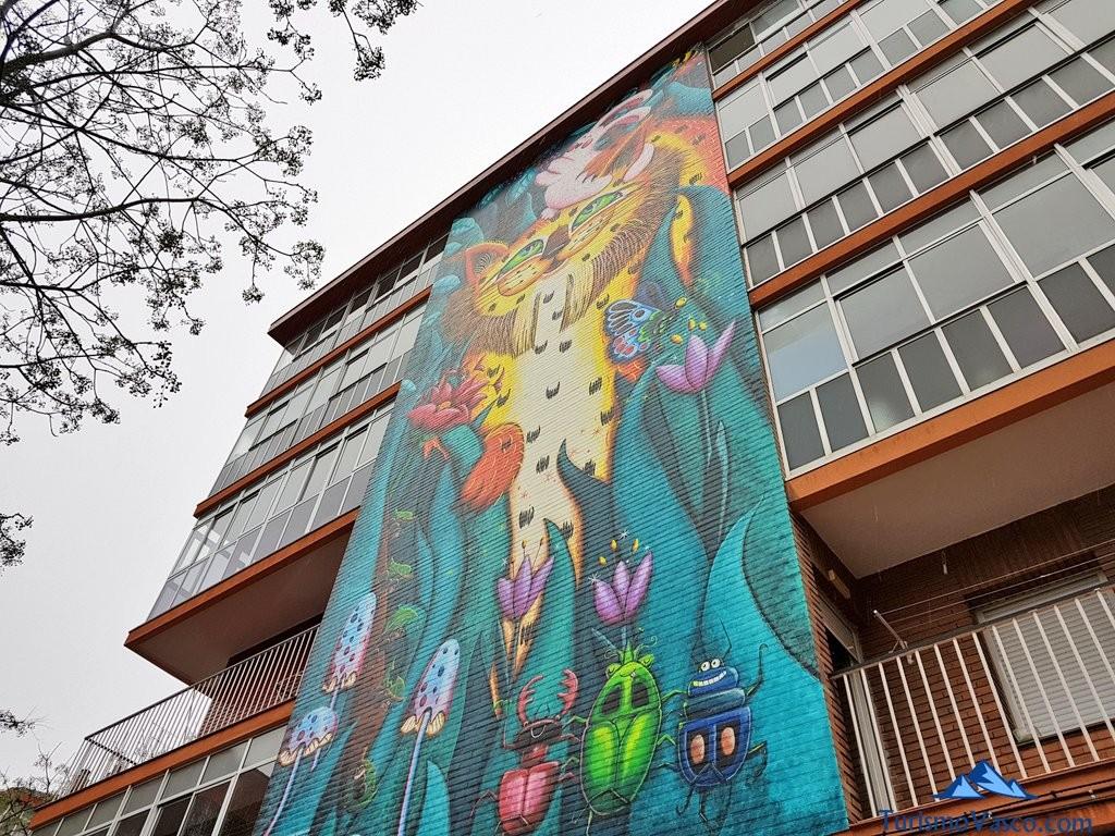 Ruta de los murales El Lince de Zaramaga