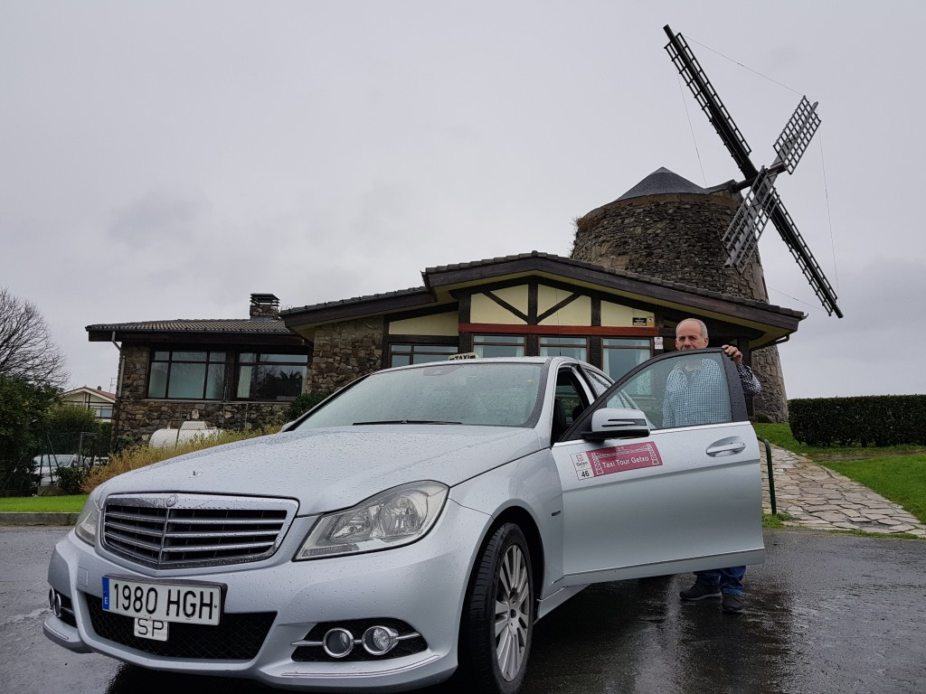 Serafin en el Molino de Aixerrota, Getxo Taxi Tour