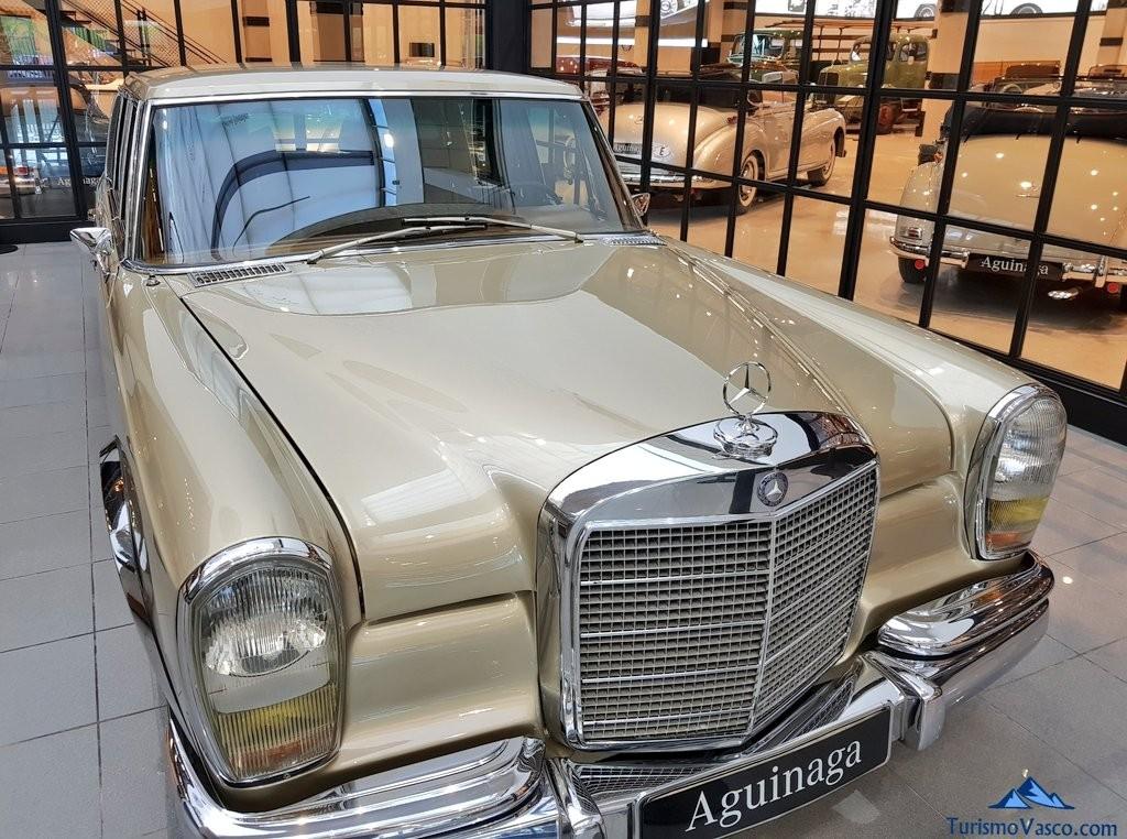 El gran mercedes , Museo Aguinaga de Mercedes-Benz