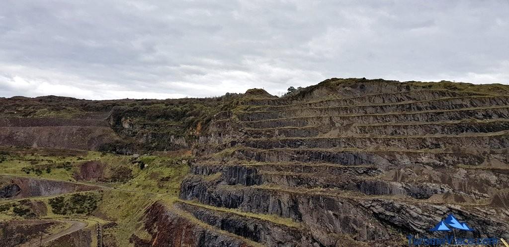 Mina junto al museo de la mineria del pais vasco